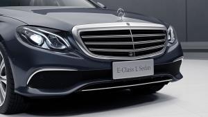 2019款奔驰E级上市,10月报价已出,配备S级黑科技,