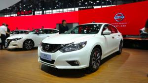 帕萨特和天籁,谁是广州车展最火B级车?
