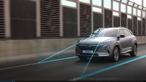 现代放大招,新款氢燃料电池车即将来袭,内饰满满的