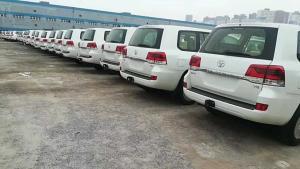 18款丰田酷路泽4000店内实拍动力配置 现车促销