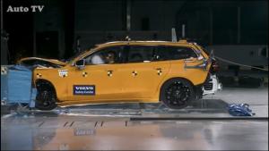 2019款全新沃尔沃V60碰撞试验视频曝光!