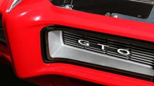 1968庞蒂亚克GTO跑车的专业修复项目全面展示