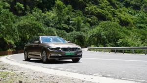 优雅与力量的完美融合:评测BMW 530Le