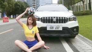 骁途の足球宝贝,这一脚世界波!?怎样?