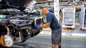 汽车工业之美 全新宝马X5在德国的生产工厂