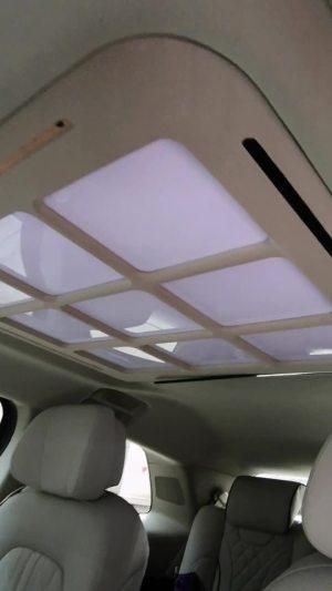 改个车:别克GL8内饰改装木地板,手工定制中央扶手,了解一下!