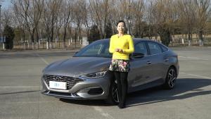 《火星撞地球》激进的轿跑 试驾北京现代菲斯塔