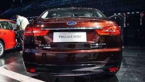 福特最走量的车型!它降至6.88万,不是它的支撑,危机早出现了!