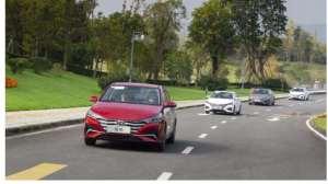 第一台车想要的都给你,试驾北京现代新一代悦纳