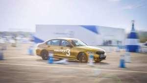 第七代BMW 3系撼然而至!运动与舒适兼备,史上最强一代有多强?