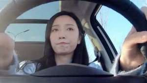 见过这么强的求生欲吗?哈弗F7用AI征服老司机!