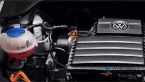 发动机哒哒异响,困扰汽修工多年的难题,拧一下就好