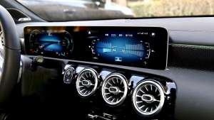 奔驰A-CLASS中控屏功能、内容演示
