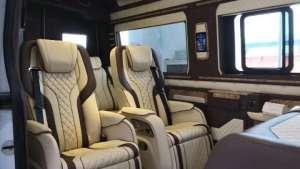 西安合正奔驰威霆改装内饰,打造舒适驾乘体验