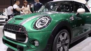 MINI60周年纪念版3门版上市,英伦绿配中置排气