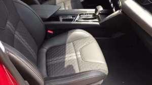 抢鲜看:智达X3座椅细节,软硬程度欠佳