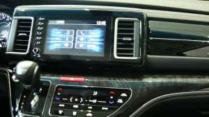 实拍 艾力绅混动屏幕,空调控制面板科技感十足
