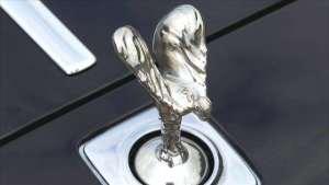 劳斯莱斯的车标,黄金白银纯手工打造,黑科技多