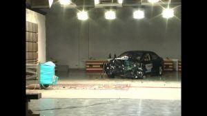 长城C50 C-NCAP安全测试 40%偏置碰撞