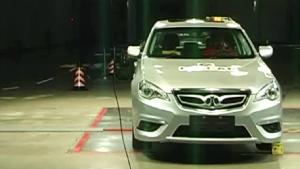北汽绅宝C-NCAP安全测试 侧面碰撞