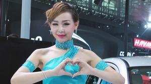 2014广州车展 利亚纳车模美艳绝伦