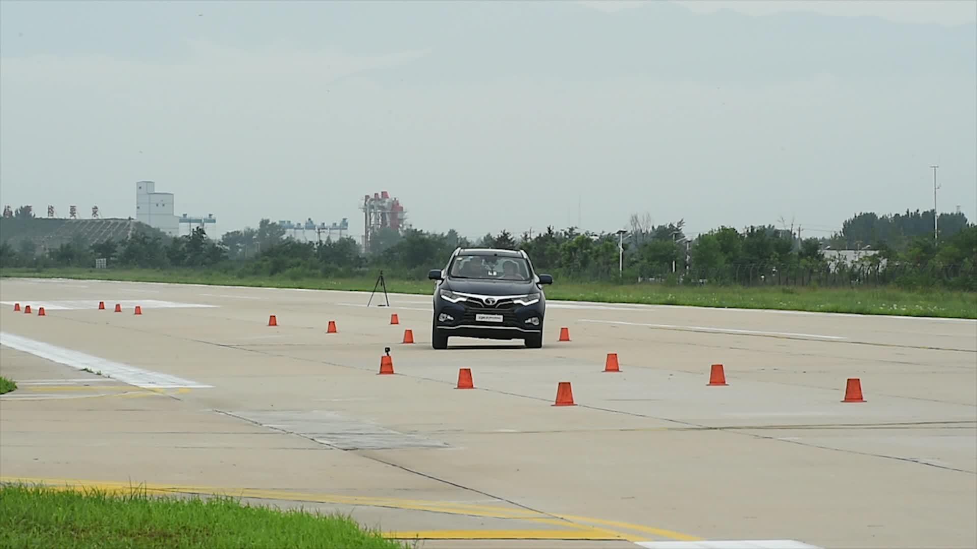 DX7超级评测高速躲避障碍物测试